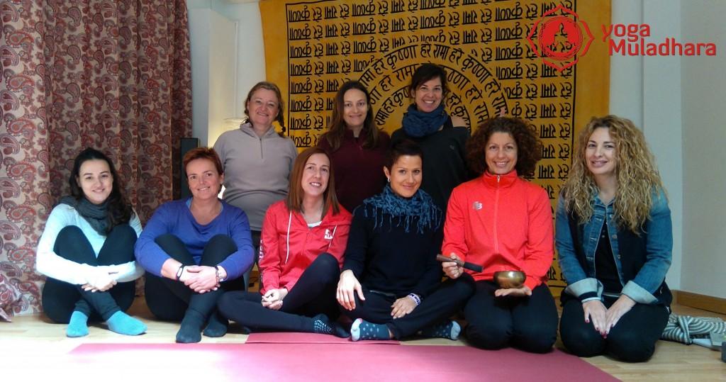 Fotos del Taller de Chakras Yoga Muladhara